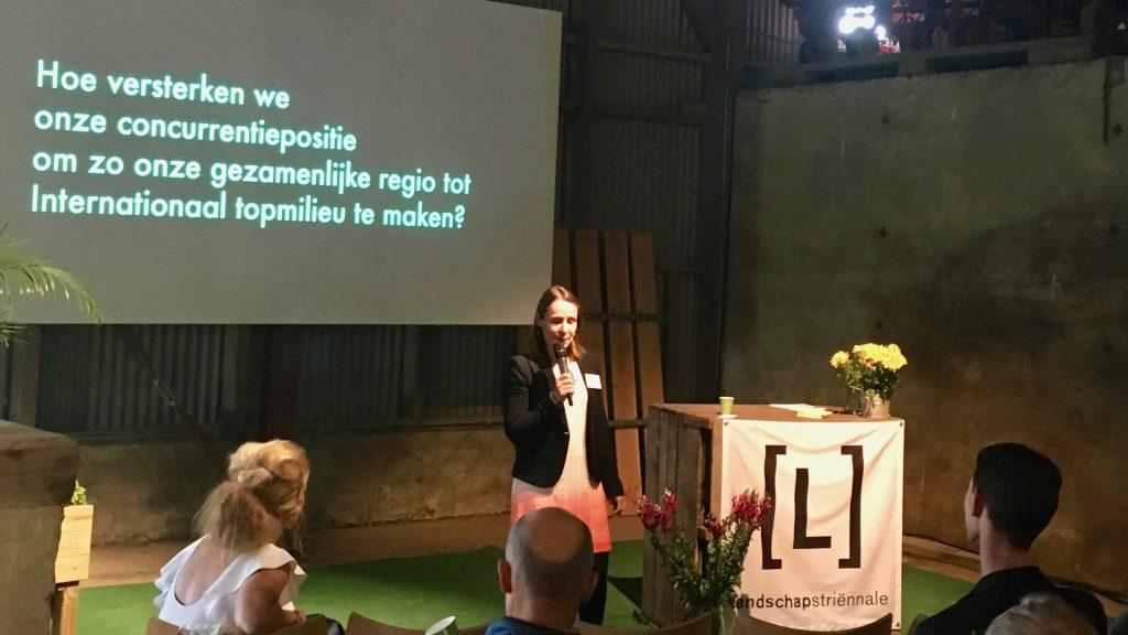 Foto bij future of worklife, Jeanet van Antwerpen