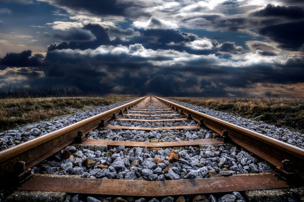 railway-track-2049394_1280